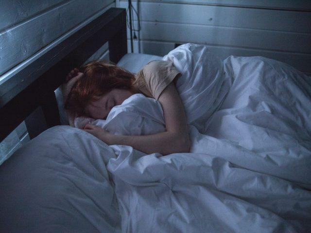 Comment éviter le ronflement pendant le sommeil?