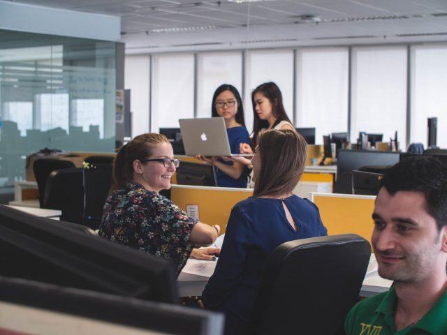 Professionnels, quels sont les enjeux de la traduction dans votre secteur d'activité ?